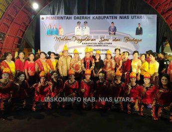 Malam Pagelaran Seni Dan Budaya Kabupaten Nias Utara Di Pekan Raya Sumatera Utara